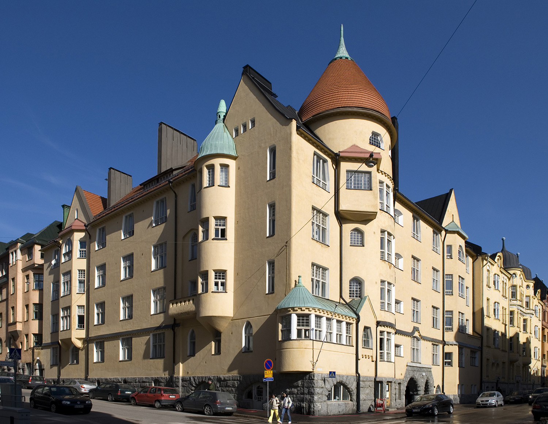 2007 . Kauppiaankatu 7 - Katajanokankatu 1. As. Oy Olofsborg. Arkkitehdit Gesellius, Lindgren  Saarinen, valm. 1902.